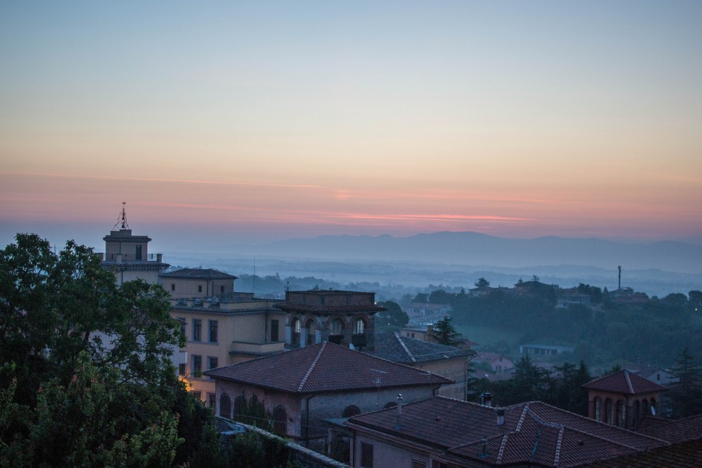 L'alba a Montefiascone, da dove sono tornata a Milano